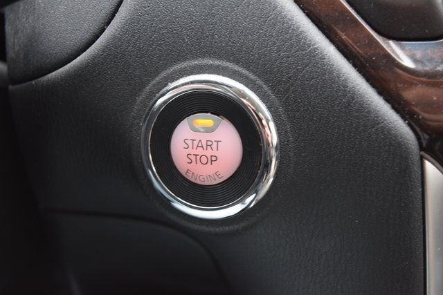 2015 Nissan Pathfinder SL Richmond Hill, New York 29