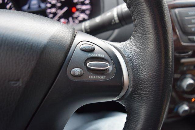 2015 Nissan Pathfinder SL Richmond Hill, New York 31