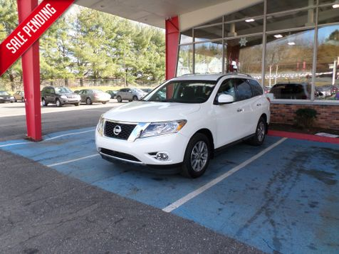 2015 Nissan Pathfinder SV in WATERBURY, CT