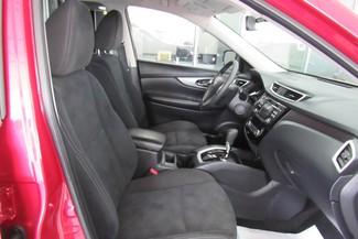 2015 Nissan Rogue SV Chicago, Illinois 14