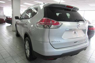 2015 Nissan Rogue SV Chicago, Illinois 4
