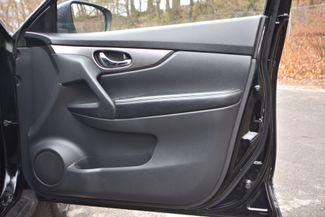 2015 Nissan Rogue SV Naugatuck, Connecticut 8