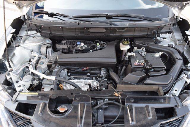 2015 Nissan Rogue SV Richmond Hill, New York 4