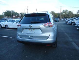 2015 Nissan Rogue SV SEFFNER, Florida 11