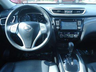 2015 Nissan Rogue SL AWD. PANORAMIC. NAVI. 360 CAMERA. BOSE SEFFNER, Florida 22