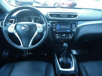 2015 Nissan Rogue SL AWD LEATHER. NAVI. 360CAM. PWR TAILGATE. HTD SEATS SEFFNER, Florida 22