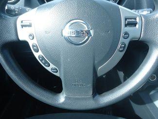 2015 Nissan Rogue  S. BACK UP CAMERA. ROOF RACK SEFFNER, Florida 6