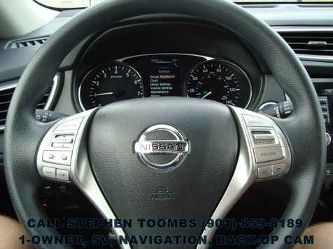 2015 Nissan Rogue SV PREMIUM, NAVI, BACK-UP CAM, 1-OWNER, BLIND SPOT in Memphis, Tennessee
