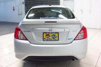 2015 Nissan Versa SV Doral (Miami Area), Florida 4