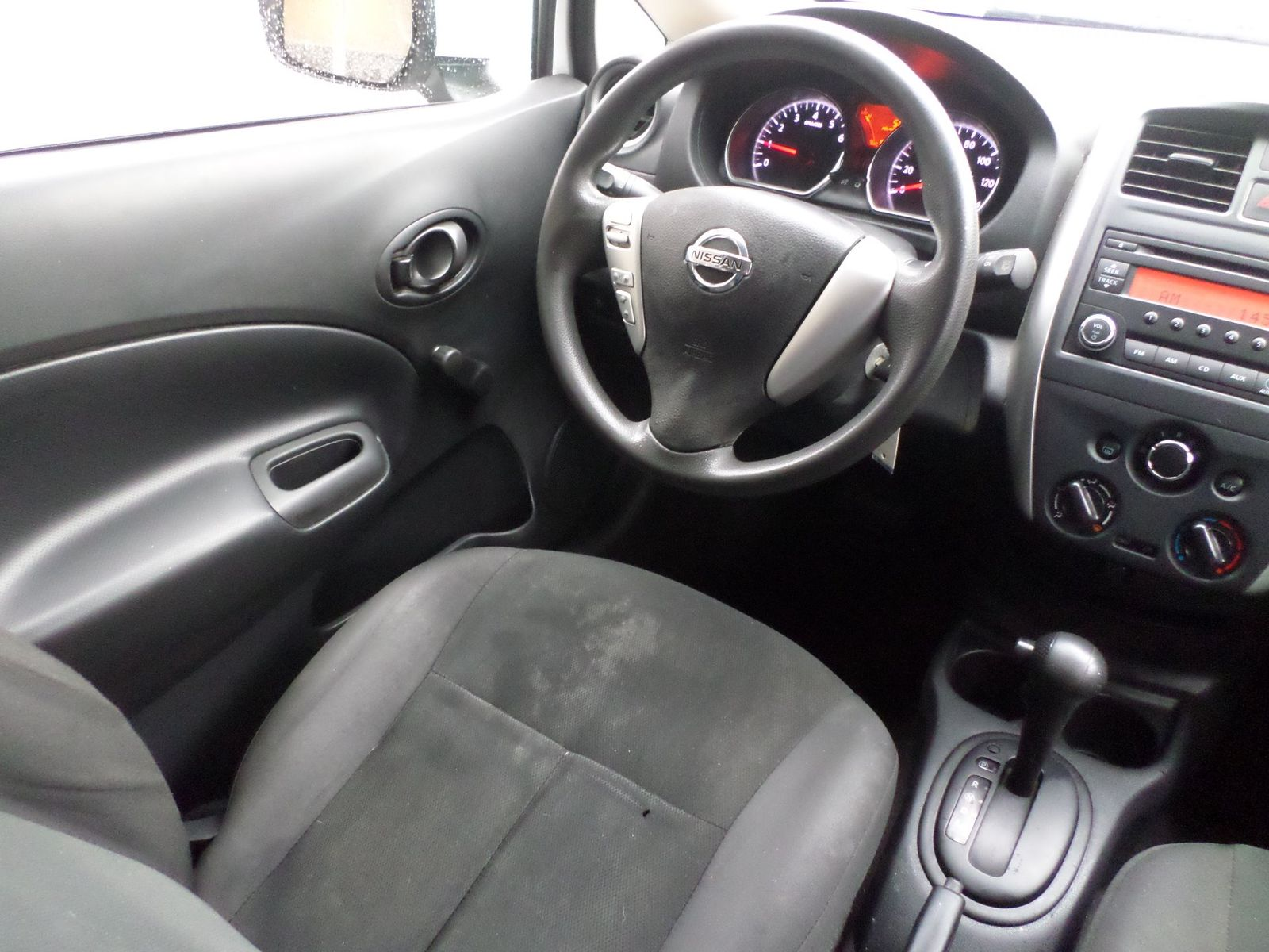 note auto and specs nissan pictures cars information ii