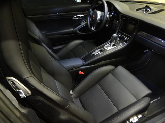 2015 Porsche 911 Turbo S Austin , Texas 18
