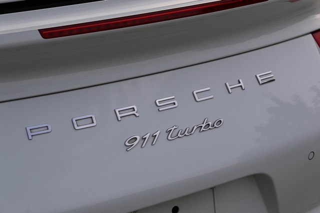 2015 Porsche 911 Turbo Mooresville, North Carolina 8