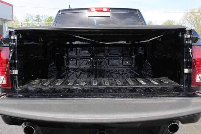2015 Ram 1500 Sport Crew Cab RWD - NAVIGATION - SUNROOF! Mooresville , NC 31