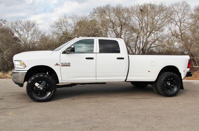 2015 Ram 3500 in Liberty Hill , TX