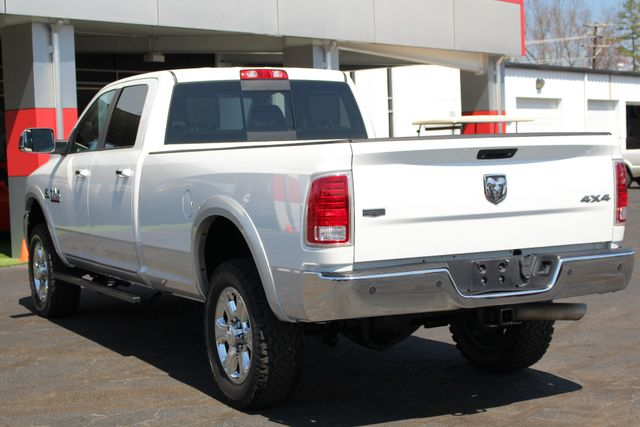 2015 Ram 3500 Laramie Crew Cab Long Bed 4x4 - LIFTED - 6SP! Mooresville , NC 25