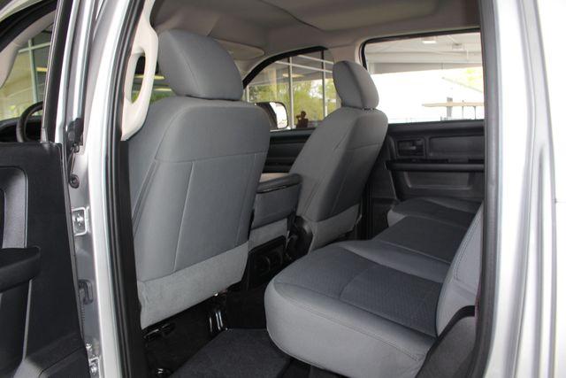 2015 Ram 3500 Crew Cab 4x4 - TRUE MANUAL SHIFT-SINISTER DIESEL! Mooresville , NC 40