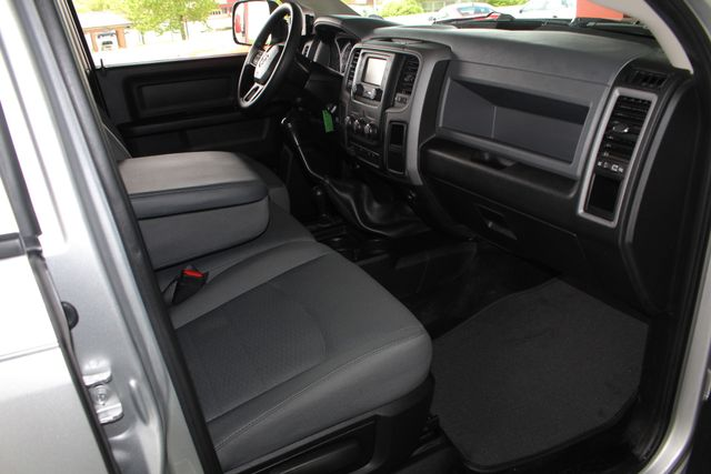 2015 Ram 3500 Crew Cab 4x4 - TRUE MANUAL SHIFT-SINISTER DIESEL! Mooresville , NC 34