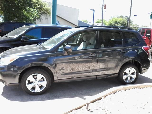 2015 Subaru Forester 2.5i Premium San Antonio, Texas 0