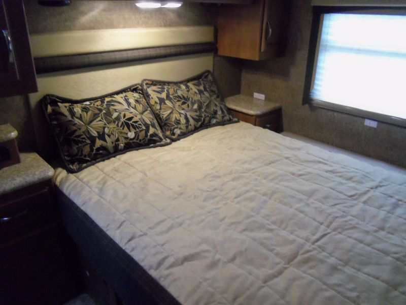 2015 Thor 302 ACE BUNKHOUSEJUST REDUCED  city FL  Manatee RV  in Palmetto, FL