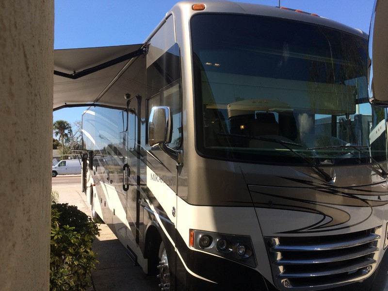 2015 Thor MiramarJUST REDUCED   city FL  Manatee RV  in Palmetto, FL