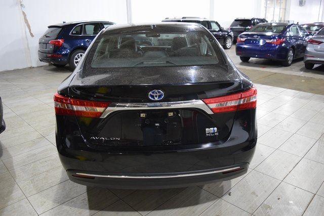 2015 Toyota Avalon Hybrid Richmond Hill, New York 8