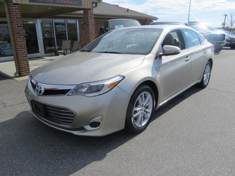 2015 Toyota Avalon 4dr Sdn XLE | Mooresville, NC | Mooresville Motor Company in Mooresville NC