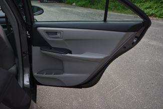 2015 Toyota Camry Hybrid LE Naugatuck, Connecticut 10