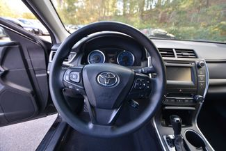2015 Toyota Camry Hybrid LE Naugatuck, Connecticut 18