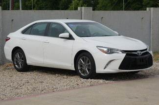 2015 Toyota Camry SE - CARFAX 1-OWNER, Low Miles in Lewisville, Texas
