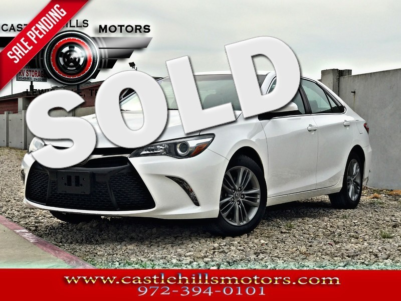 2015 Toyota Camry SE - CARFAX 1-OWNER, Low Miles in Lewisville Texas