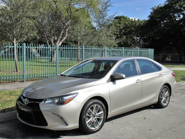 2015 Toyota Camry XLE Come and visit us at oceanautosalescom for our expanded inventoryThis offe