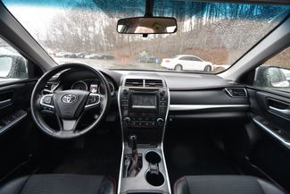 2015 Toyota Camry SE Naugatuck, Connecticut 13