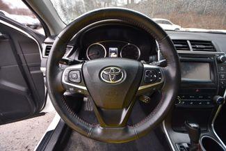 2015 Toyota Camry SE Naugatuck, Connecticut 16