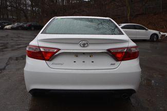 2015 Toyota Camry SE Naugatuck, Connecticut 3