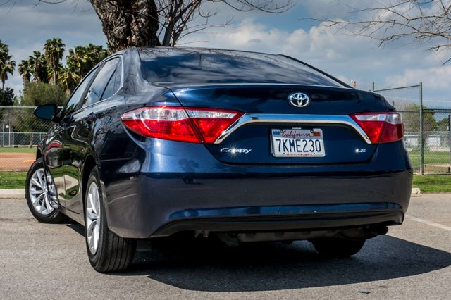 2015 Toyota Camry LE Reseda, CA 7