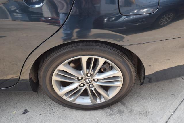 2015 Toyota Camry 4dr Sdn I4 Auto SE (SE) Richmond Hill, New York 15