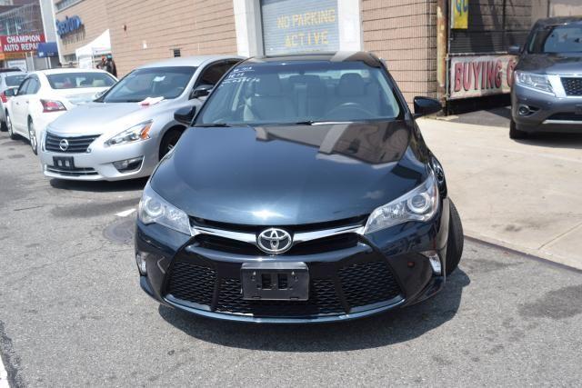 2015 Toyota Camry 4dr Sdn I4 Auto SE (SE) Richmond Hill, New York 2