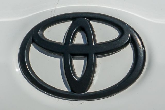 2015 Toyota Corolla S Plus Reseda, CA 44