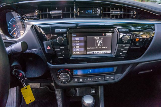 2015 Toyota Corolla S Plus Reseda, CA 5
