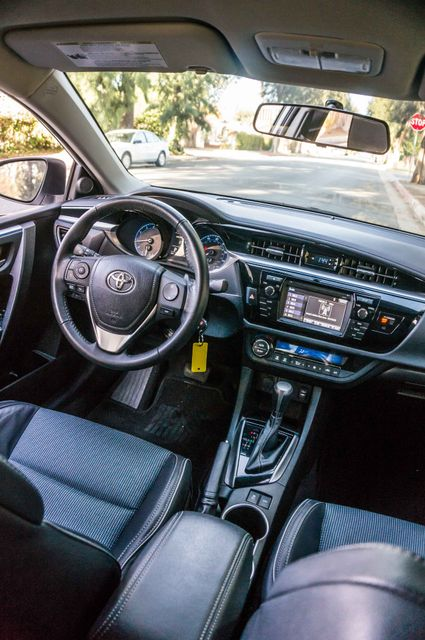2015 Toyota Corolla S Plus Reseda, CA 33