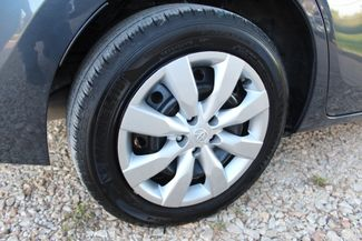 2015 Toyota Corolla LE Sealy, Texas 9