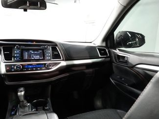 2015 Toyota Highlander LE Plus V6 Little Rock, Arkansas 10