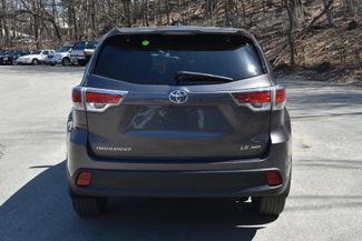 2015 Toyota Highlander LE Naugatuck, Connecticut 3