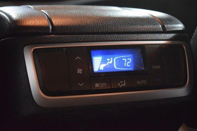 2015 Toyota Highlander XLE Richmond Hill, New York 23