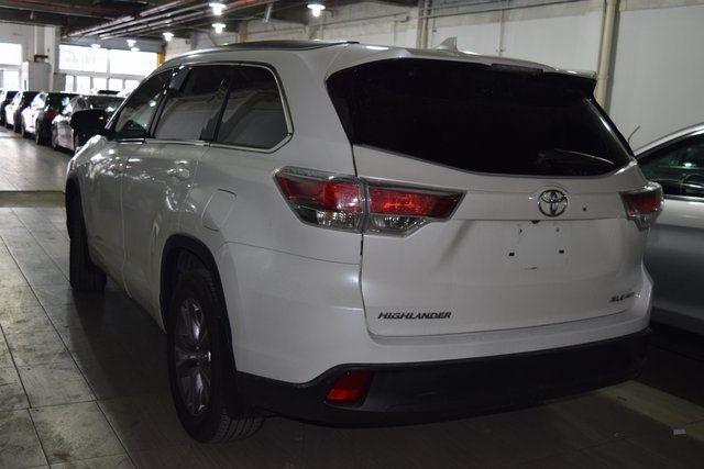 2015 Toyota Highlander XLE Richmond Hill, New York 3