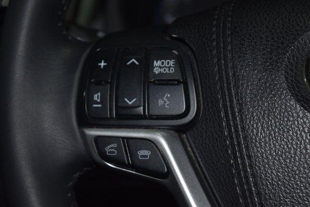 2015 Toyota Highlander XLE Richmond Hill, New York 41
