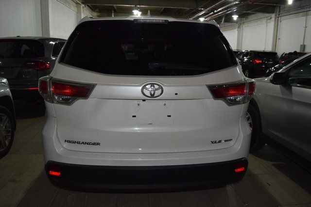 2015 Toyota Highlander XLE Richmond Hill, New York 5