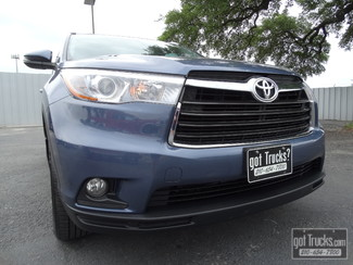 2015 Toyota Highlander XLE 3.5L V6 AWD in San Antonio, Texas