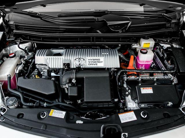 2015 Toyota Prius Two Burbank, CA 22
