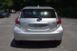 2015 Toyota Prius c Naugatuck, Connecticut 3